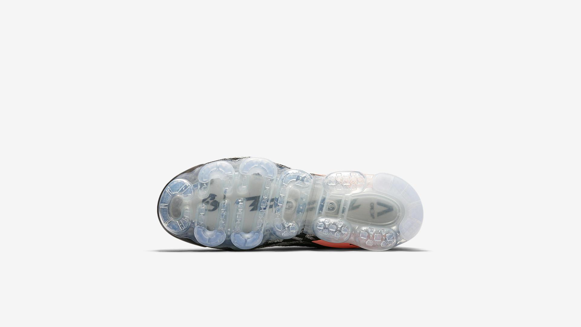 AQ0996 102 ACRONYM x Nike Air Vapormax Moc 2 Thirsty Bandit 4