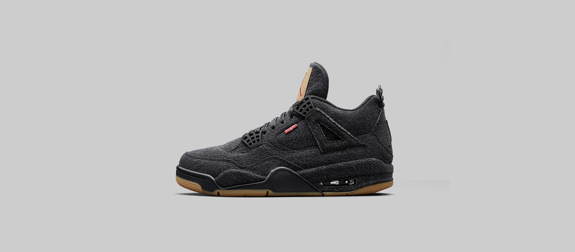 AO2571 001 Levis x Air Jordan 4 Black Denim