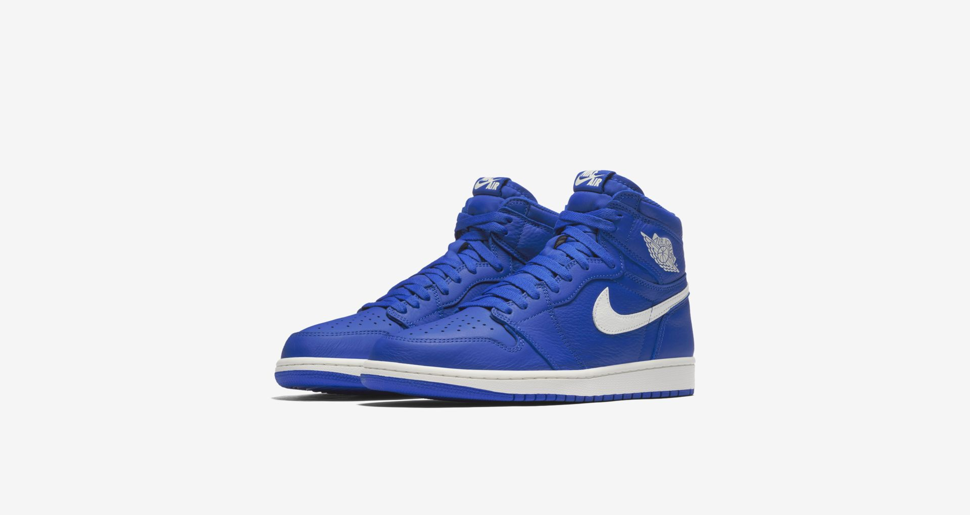 555088 401 Air Jordan 1 Hyper Royal 2
