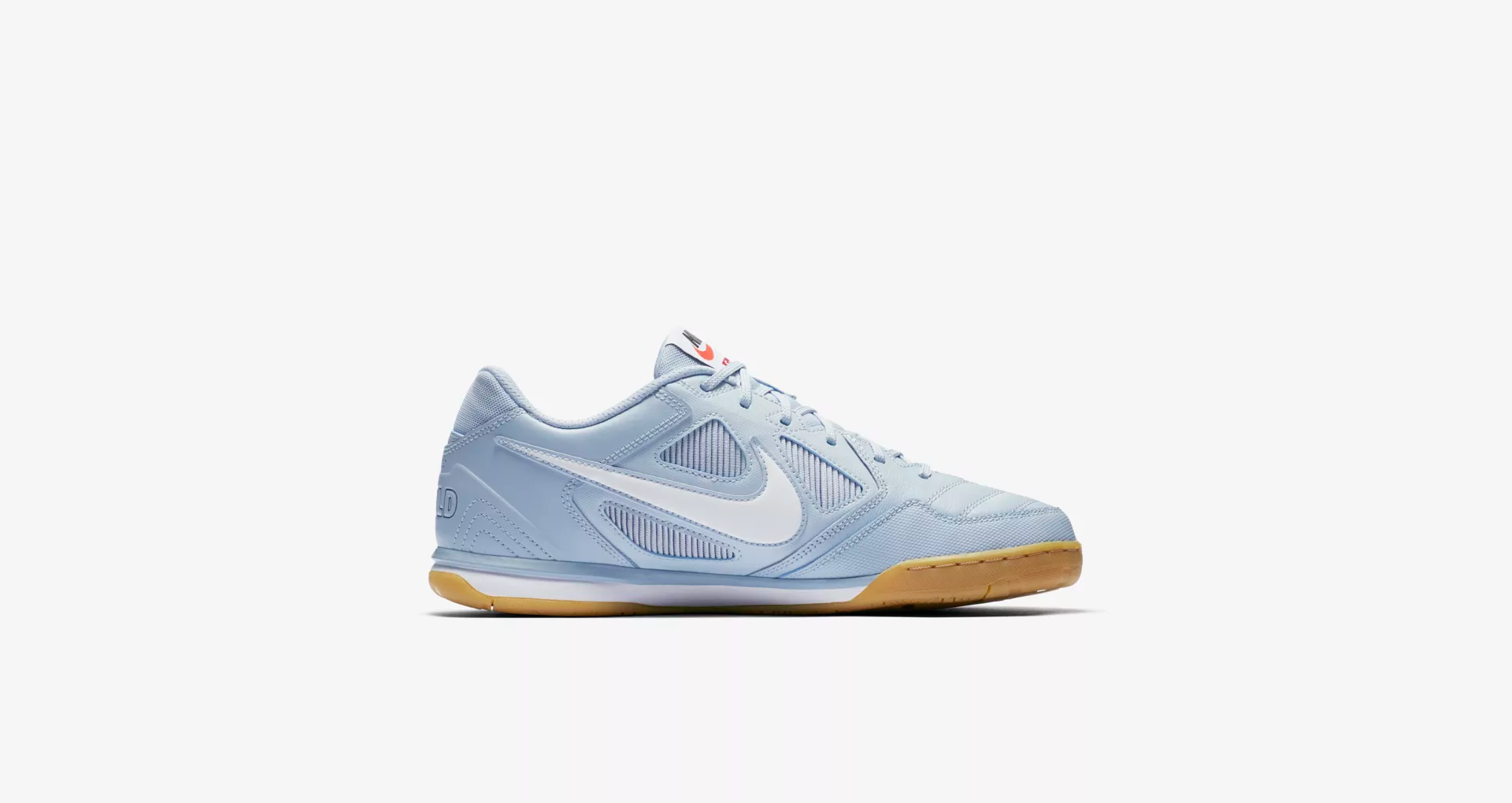 Supreme x Nike SB Gato Light Blue 3
