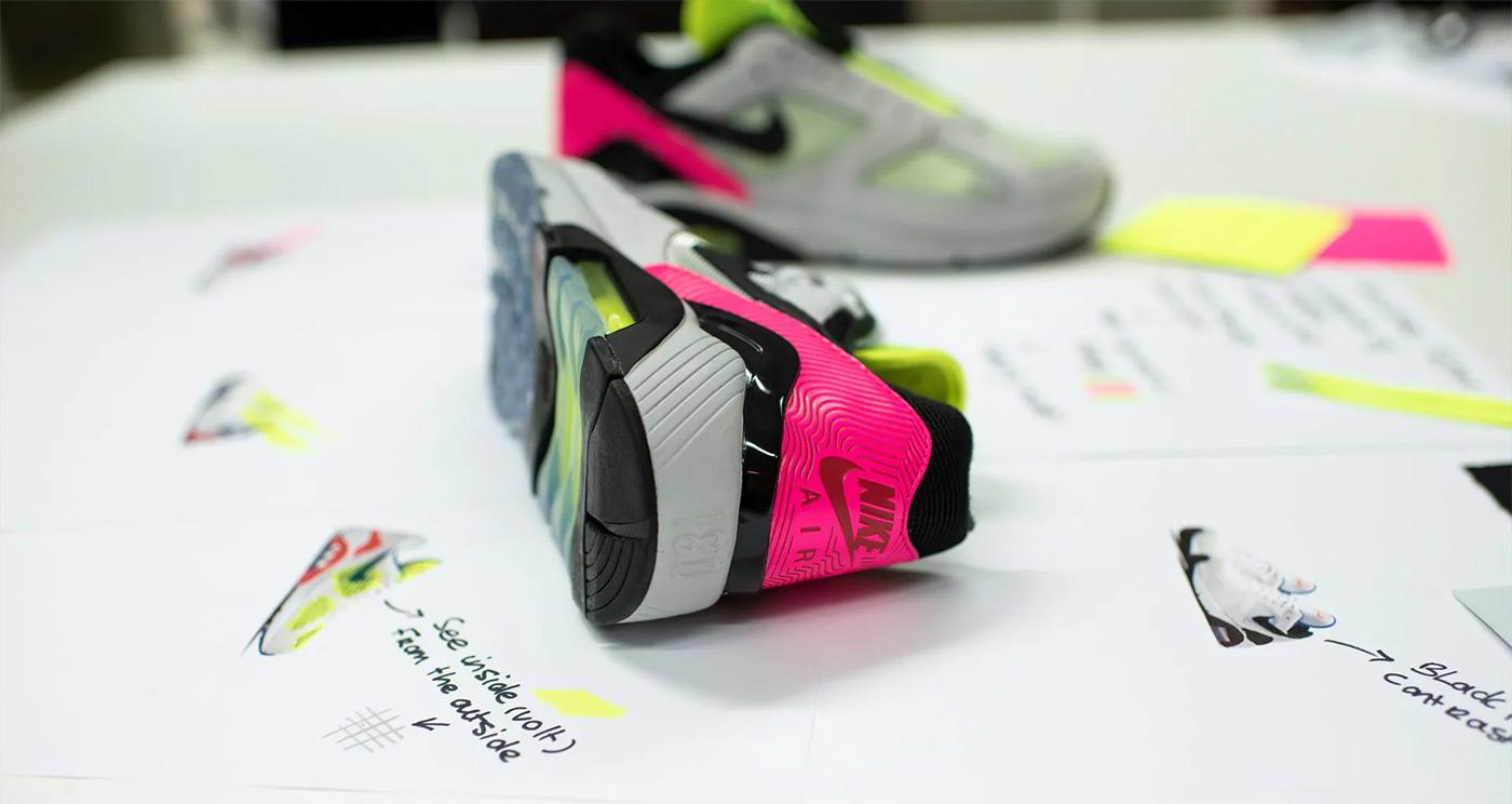 Nike Air Max 180 Hyper Pink 2