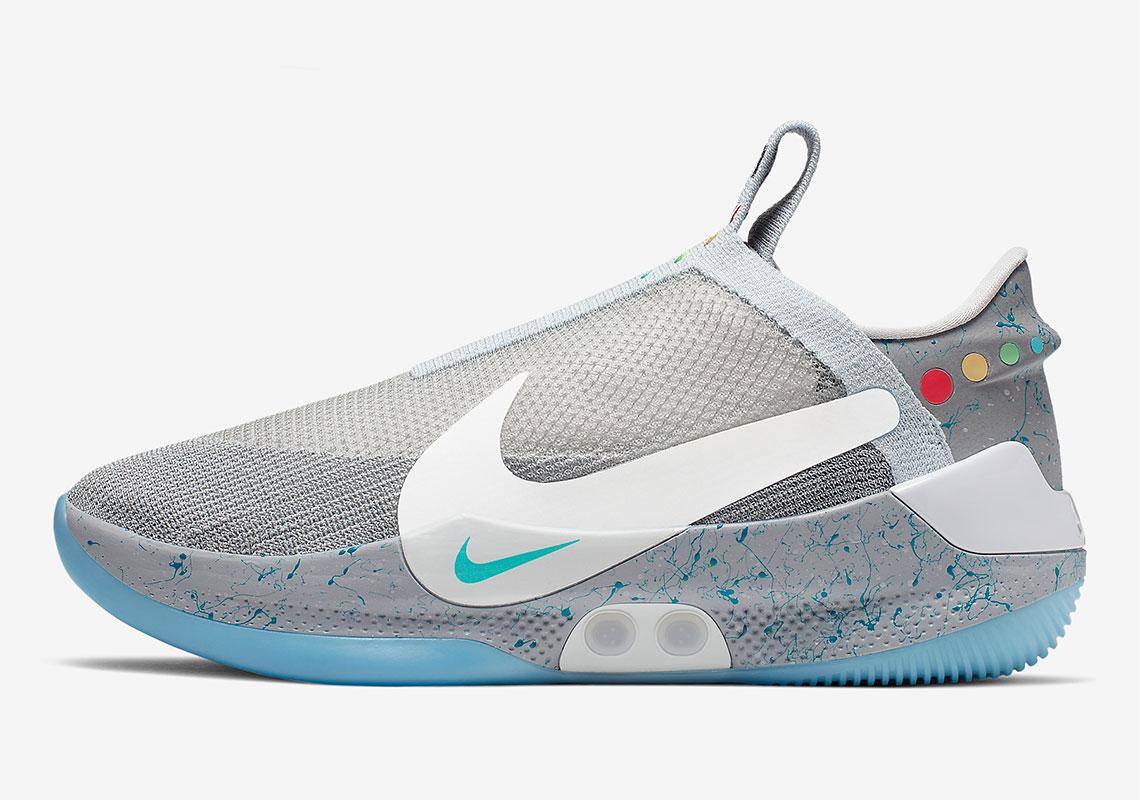 AO2582 002 Nike Adapt BB MAG 3