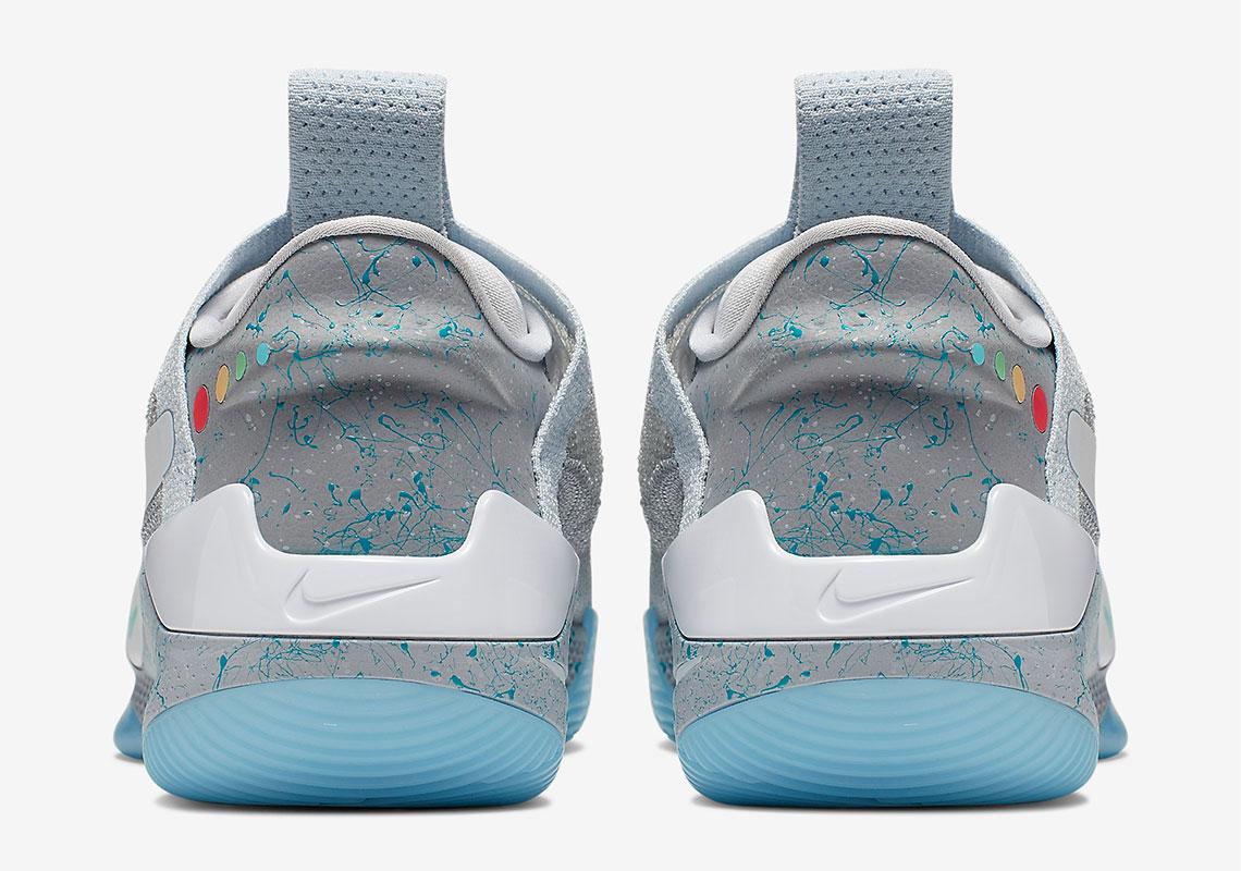 AO2582 002 Nike Adapt BB MAG 6