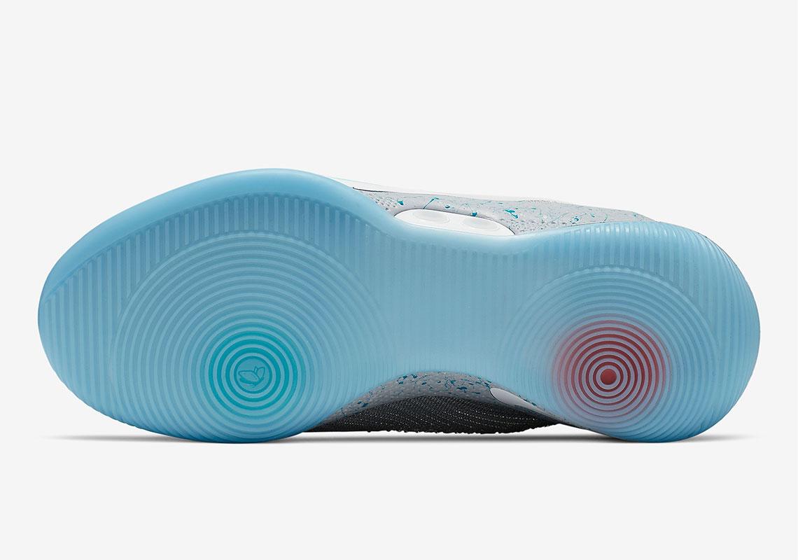 AO2582 002 Nike Adapt BB MAG 7