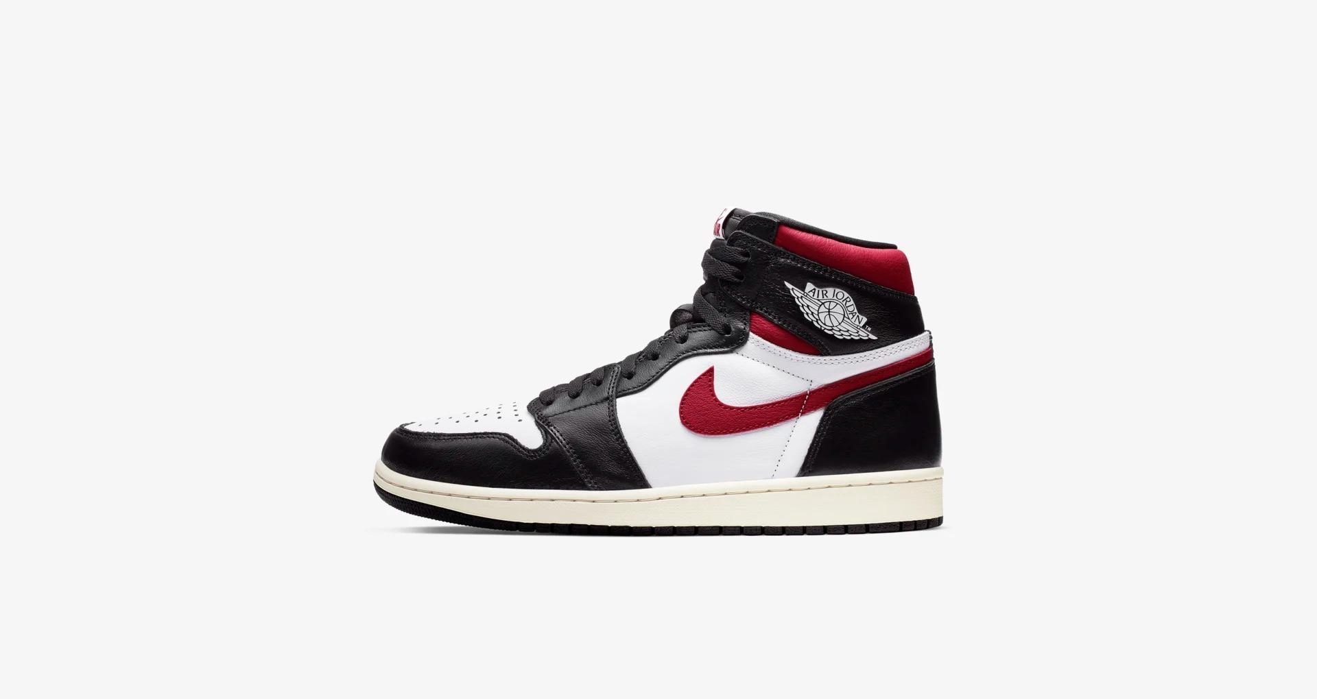 555088 061 Air Jordan 1 High OG Gym Red 1