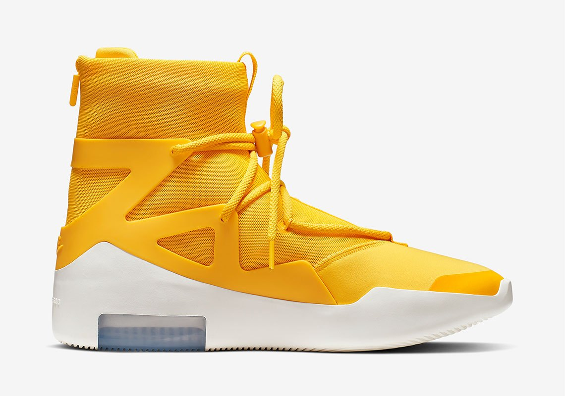 AR4237 700 Nike Air Fear Of God 1 Amarillo 3